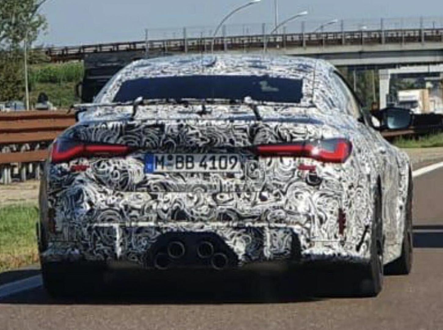 O BMW M4 CSL trata-se de uma edição limitada focada para o prazer de condução. O modelo vai equipar uma caixa manual, contar com tração traseira e claro mais cavalos debaixo do capot.